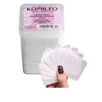 Салфетки KOMILFO перфорированные безворсовые в боксе 180 шт